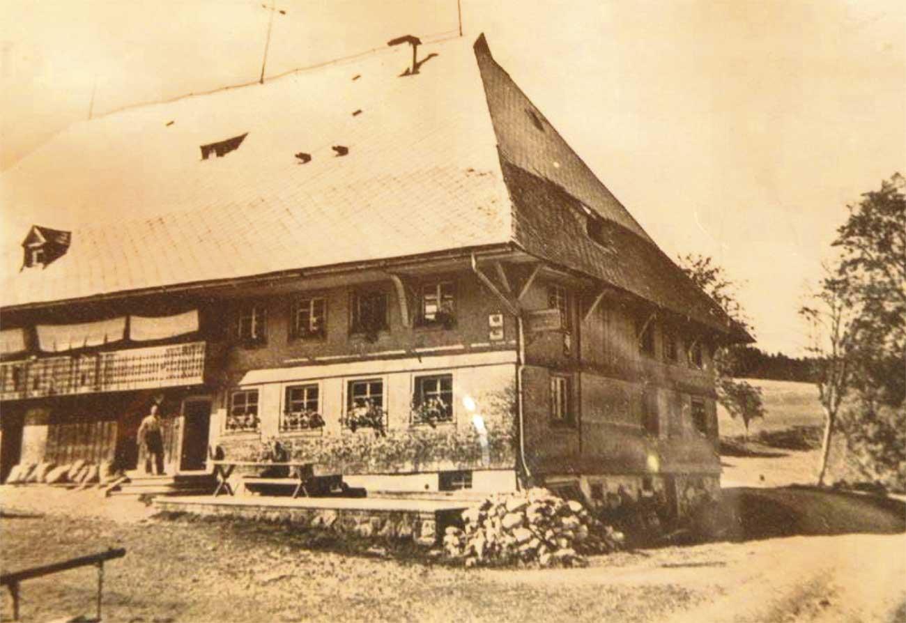 Gasthaus Engel im Hinterzartener Ortsteil Alpersbach,
