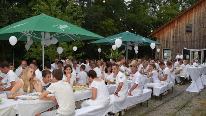 White Dinner 2016