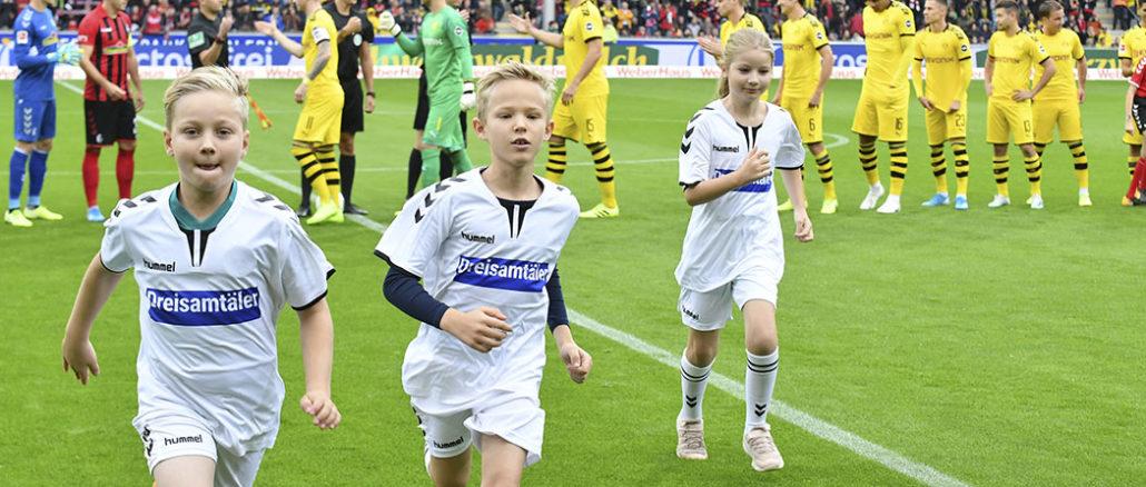 Schiedsrichter Begleitkinder